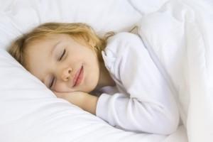 Quanto bisogna dormire? La tabella del giusto sonno in base all'età …